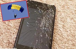 iPhone 4 Survives Fall From A Plane