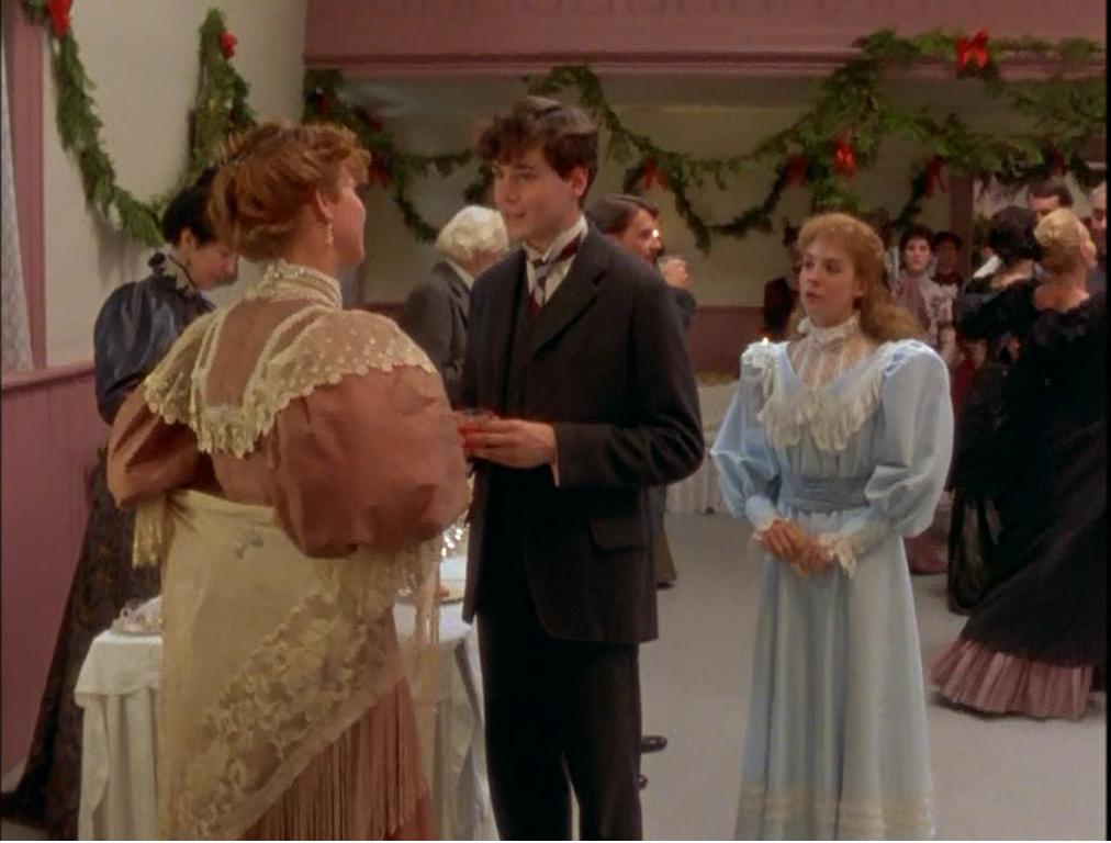 Anne Sherley Puffy Sleeves Dress