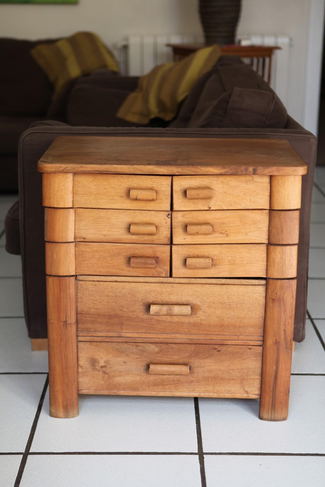 c 39 est la re cr ation vintage scolaire vintage coup de c ur meuble de couture vintage. Black Bedroom Furniture Sets. Home Design Ideas