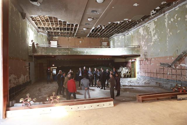 Fotografia do interior do Cine-Teatro que irá ser reconstruido