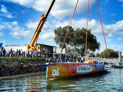 Le nouvel IMOCA StMichel Virbac est à l'eau !