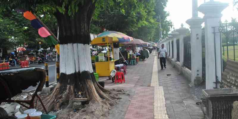Cara Ke Taman Pintar Jogja Dari Malioboro - Jalan Kaki Ke Taman Pintar
