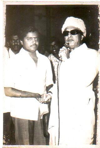 Singer 'Serkazhi' Siva Chidambaram with 'Ponmana Chemmal' MGR