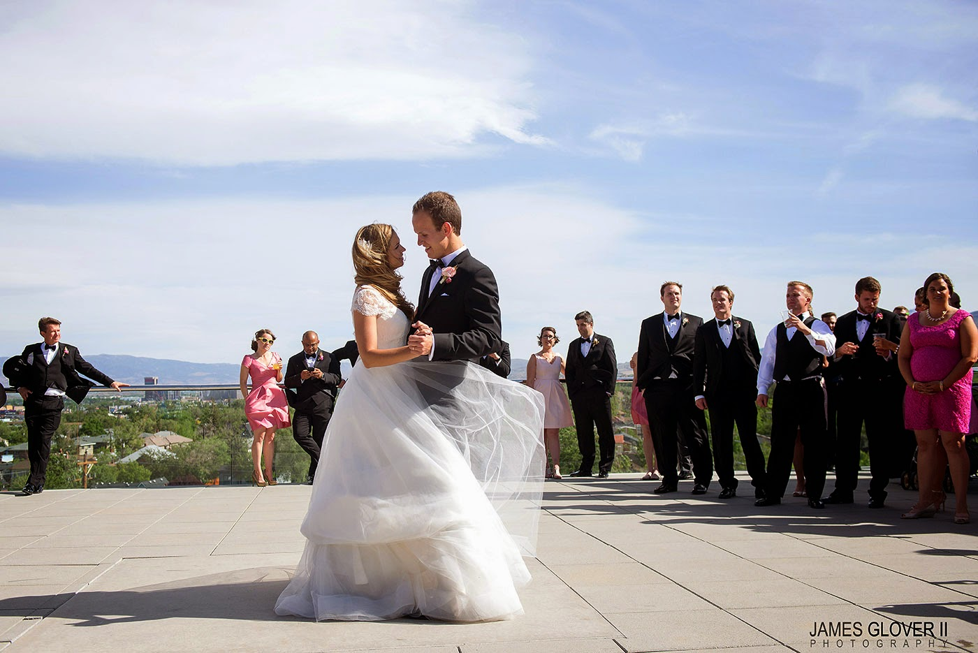 Nevada Museum of Art Wedding // James Glover Photography // Take the Cake Event Planning