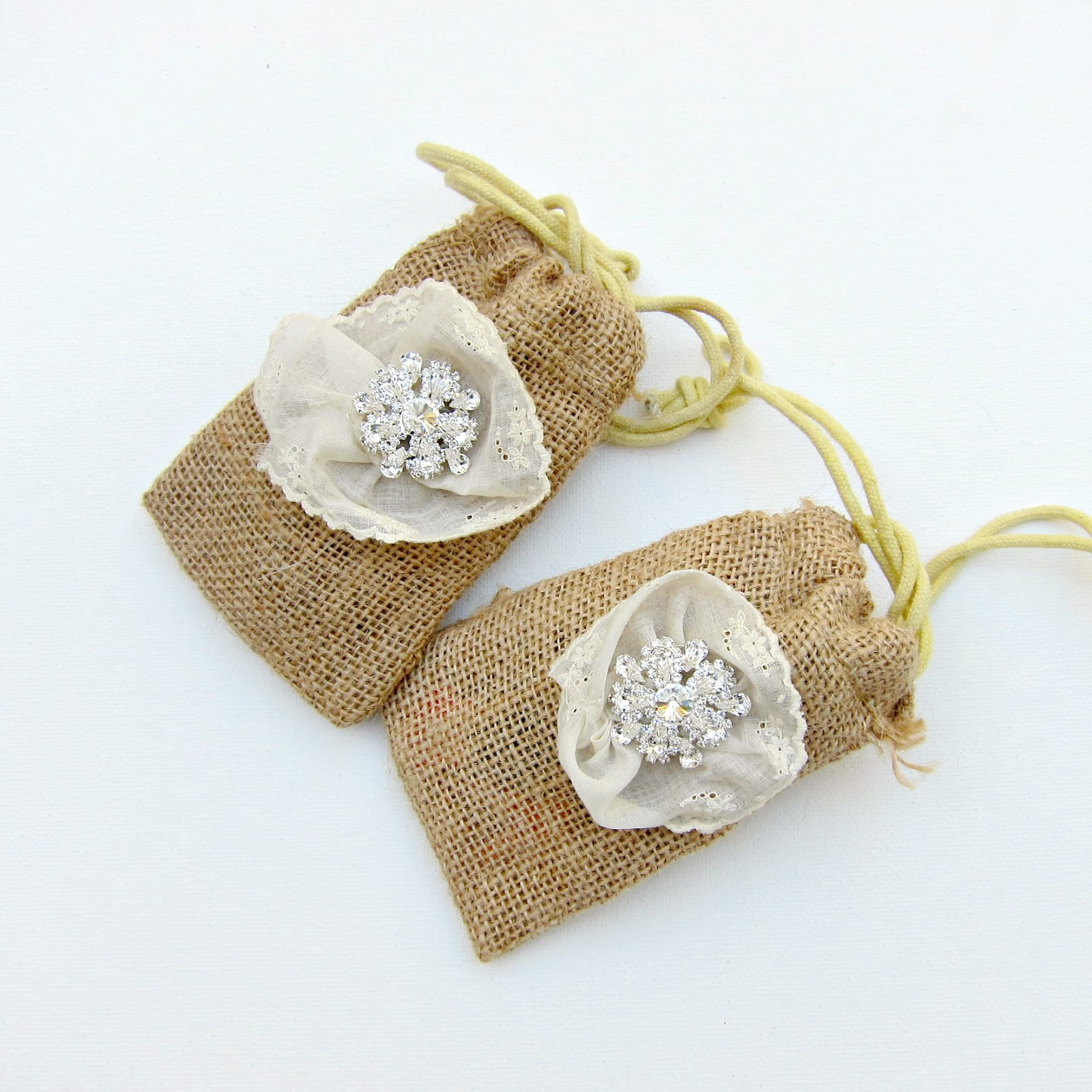Burlap Wedding Favor Bags Diy : Check back next week for more wedding and party craft ideas!
