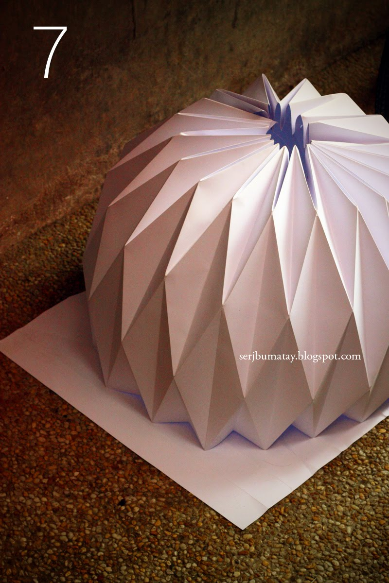 Thumbsucking how to make an origami paper lantern for Diy paper origami