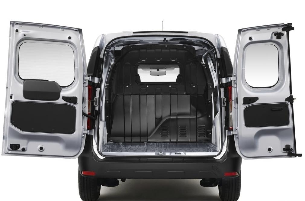cockpit autom vel conte dos auto apresenta o dacia. Black Bedroom Furniture Sets. Home Design Ideas