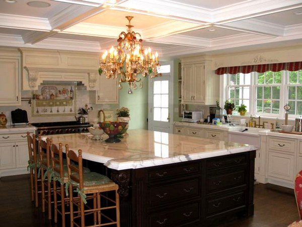 chandelier for kitchen island
