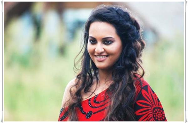 sonakshi sinha in sri lanka latest photos