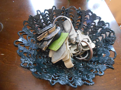Cement lace bowl made from a doily