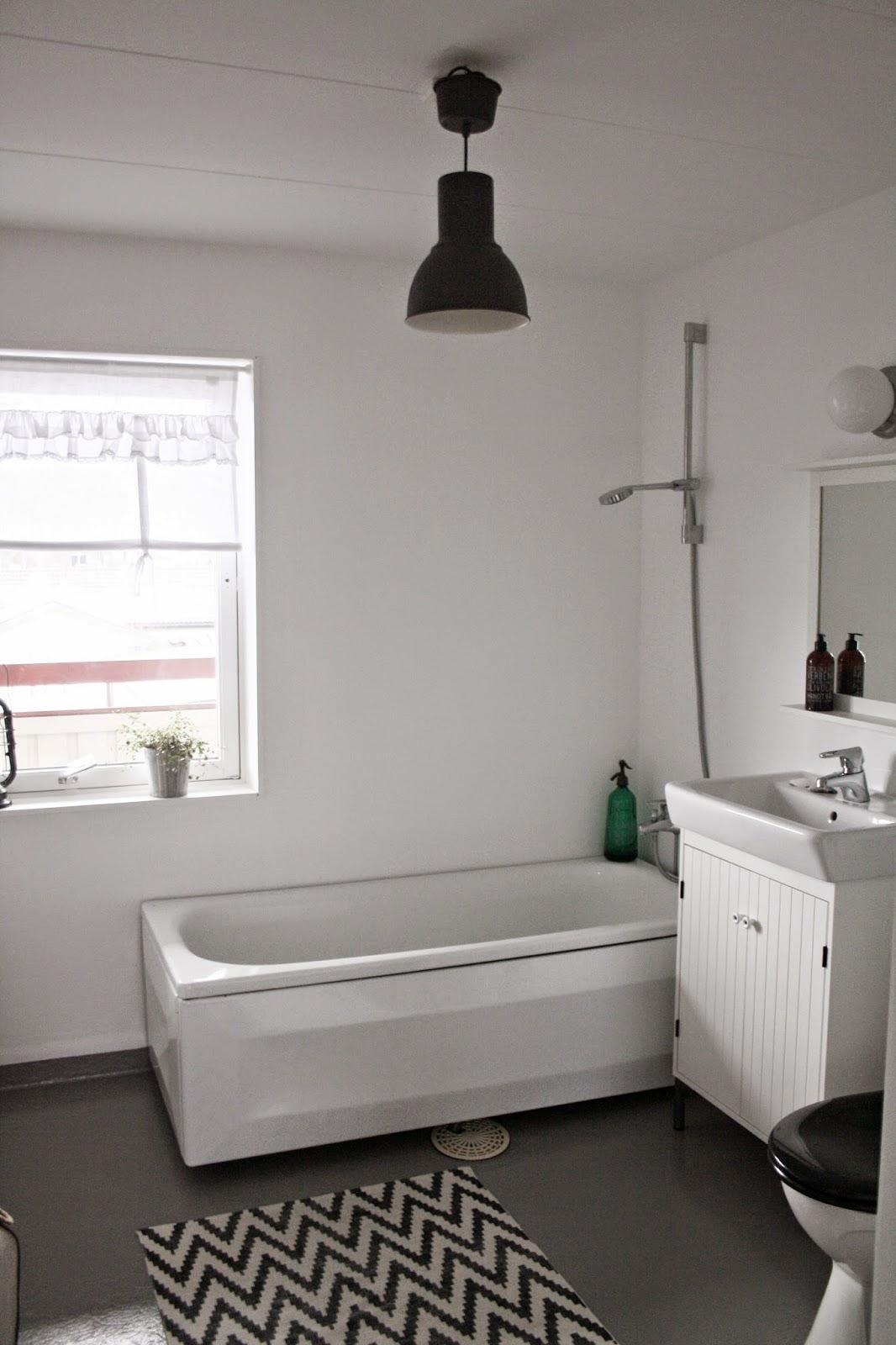 VardagskÄrlek: budgetrenoverat badrum