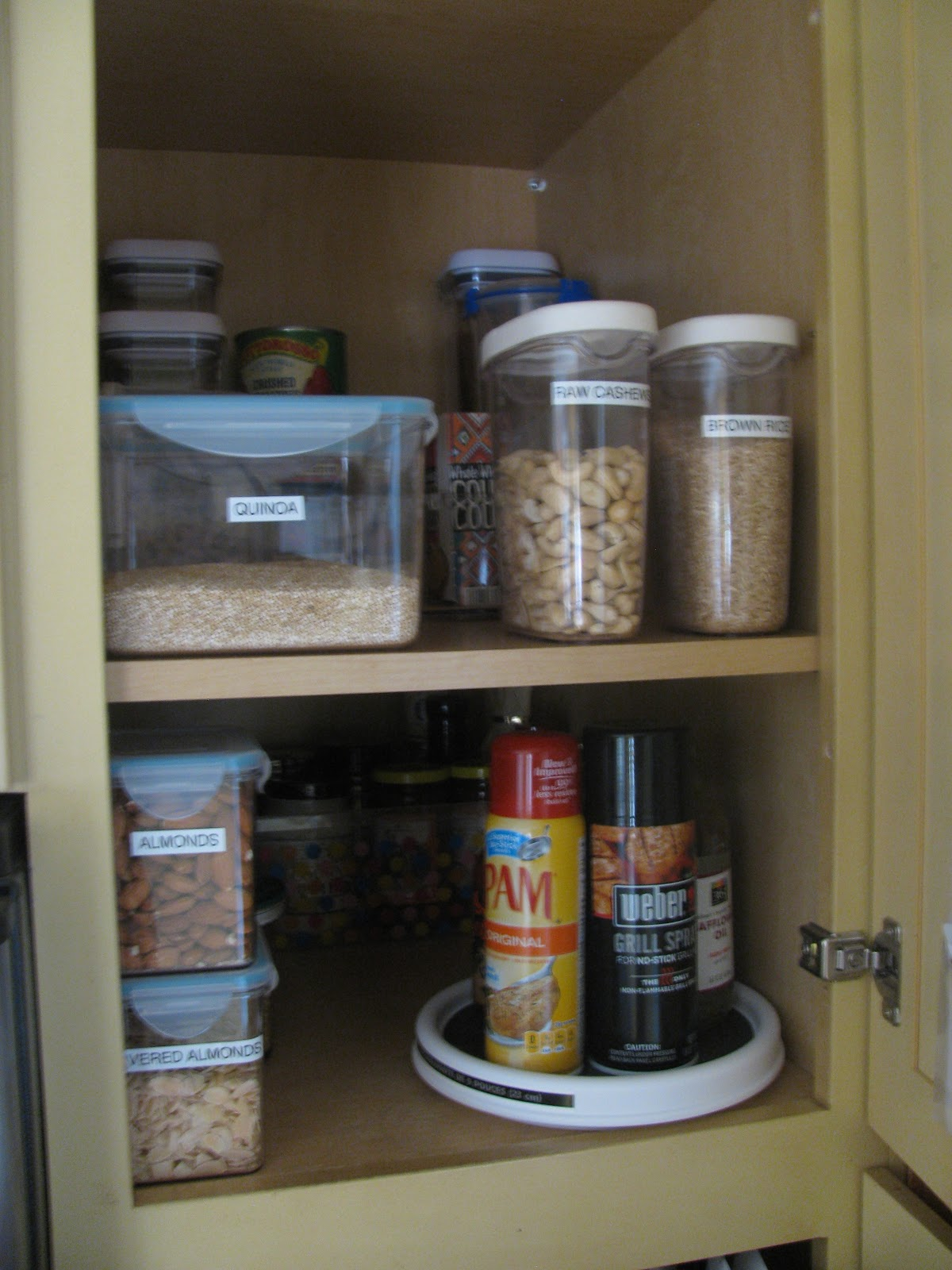 Tracey 39 s blog organized kitchen for Best thing to line kitchen cabinets