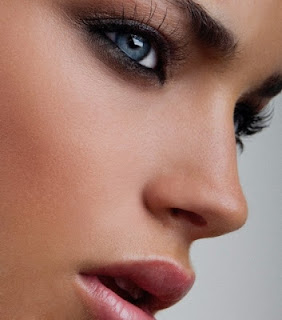 красиво и чисто лице