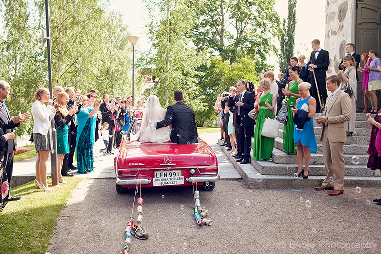 Hääkuvaus Kuopio - Dokumentaarinen hääkuvaus Kuopio - Hääkuvaaja Kuopio - Valokuvaaja Antti Ekola - Hääkuvaus 2015 - Hääkuvaus 2016 - Hääkuvaus 2017 - Häävalokuvaaja Savo - Häävalokuvaaja Kuopio - Fagernäsin kartano - Juhlatila kuopio - Kuopion tuomiokirkko - häät lotta ja markus - häävalokuvaaja antti ekola - hääpotretit - bestmankuvat - kaasokuvat - hääryhmäkuvat - wedding portraits - wedding party - wedding ceremony - documentary wedding photography - parhaat hääkuvaajat - suomen parhaat häävalokuvaajat - palkitut hääkuvaajat - palkitut häävalokuvaajat - persoonalliset hääkuvat - persoonalliset hääpotretit - erilaiset hääkuvat - erilaiset hääpotretit - hääauto mercedes-benz - hääriisin heitto - hääkonfetti - sukkanauhan heitto - hääkuvablogi - hääblogi - häävalokuvausblogi - hääkimppu - vihreä hääkimppu - mustavalkoiset hääkuvat - hääkuvat sillalla - hääkuvat merenrannalla - hääkuvat järvenrannalla - hääkuvat vesistön lähellä - merihääkuva - järvihääkuva - hääpuku Kuopio - varaa hääkuvaaja 2015 - varaa hääkuvaus 2015 - varaa häävalokuvaaja 2016 - Juhlatilat Kuopio - valokuvia juhlatiloista - valokuvia hääjuhlapaikoista - valokuvia hääjuhlatiloista - hääkuvaus pohjois-savo - hääkuvaus mikkeli - hääkuvaus siilinjärvi - hääkuvaus riistavesi - Wedding photography Finland - Hääkuvaus Kuopio