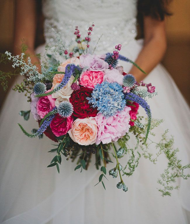 http://greenweddingshoes.com/galleries/bouquets/page/3/