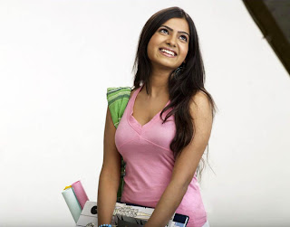 Samantha Ruth Prabhu Looks Stunning as a College Girl Spicy Pictures