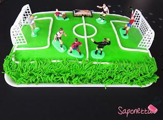 pasta di zucchero torta campo di calcio