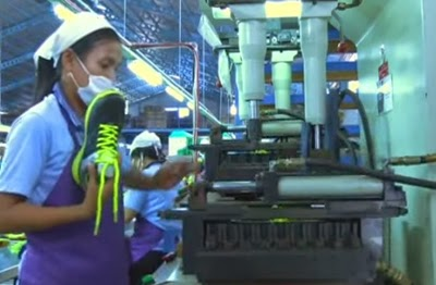 pabrik sepatu