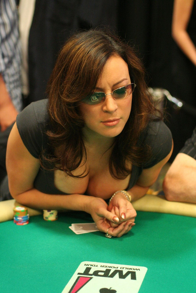 female poker