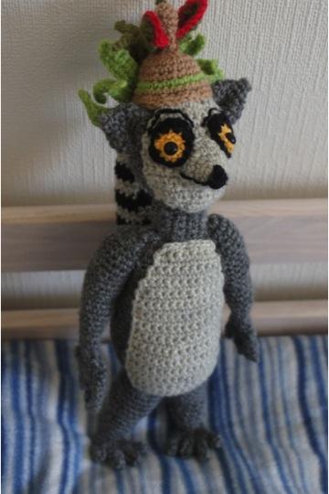 Amigurumi Nurse Free Pattern : Elina virkkaa-Elinas crochet: Crochetted King Julien from ...