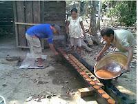 Pembuat Gula Merah