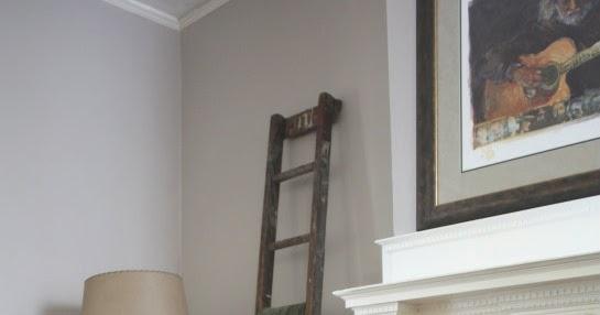 17 Apart Ladder Blanket Storage