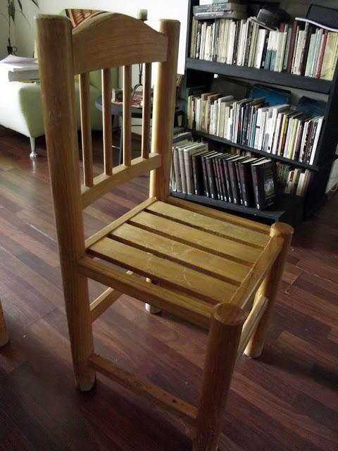 Comedor para cuatro personas redondo de madera 4 sillas o for Comedor redondo de madera 4 sillas