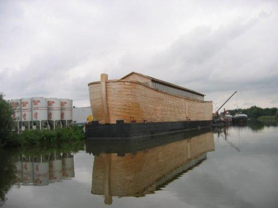Artist Spends 20 Years Building Life-Size Replica Of Noah ...