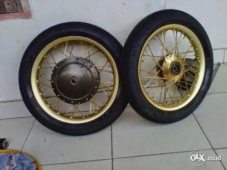 Ganti Lah Velg Ukuran 14 Sepeti Orisinilnya Motor Matic Seperti Di Bawah Ini Yang Sudah Menggunakan Ban Mizzle MR 01