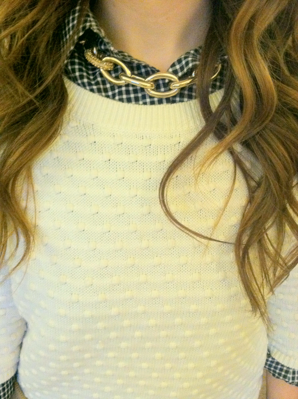 chaps-gingham-no-iron-top, banana-republic-cream-popcorn-stitch-pullover, how-to-style-a-pullover-sweater, gold-curb-chain-status-link-necklace-express, movado-bold-luxe-chronograph-watch, jennifer-lopez-nude-clutch-kohls, target-merona-burgundy-tuxedo-loafers, blogger-meet-up, tri-state-blogger-meet-up,