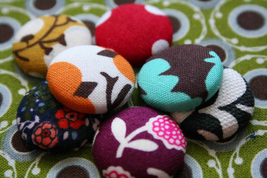 how to make fabric covered magnets