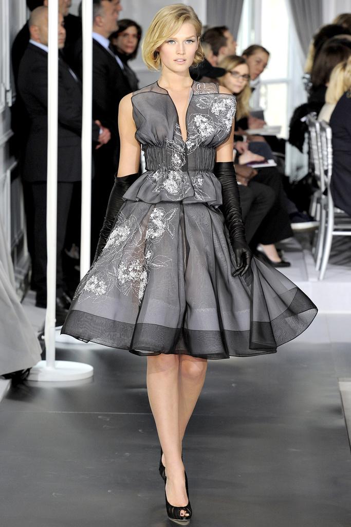 La Mademoiselle Coquette-: Christian Dior Haute Couture S/S 2012