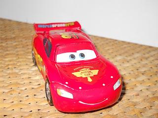 maqueta miniatura de Rayo McQueen de Pixar