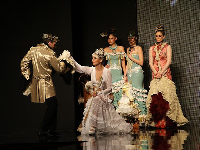 Desfile+Rosalia+Zahino+en+SIMOF+2013