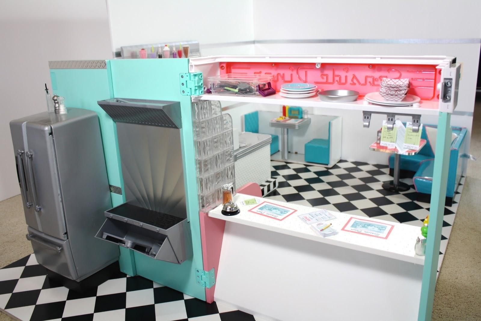 pippaloo for dolls a 1950 u0027s diner mash up