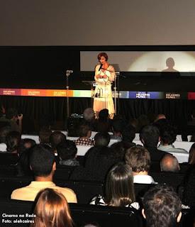 Júlia Lemmertz apresenta o 38º Festival Sesc Melhores Filmes 2012