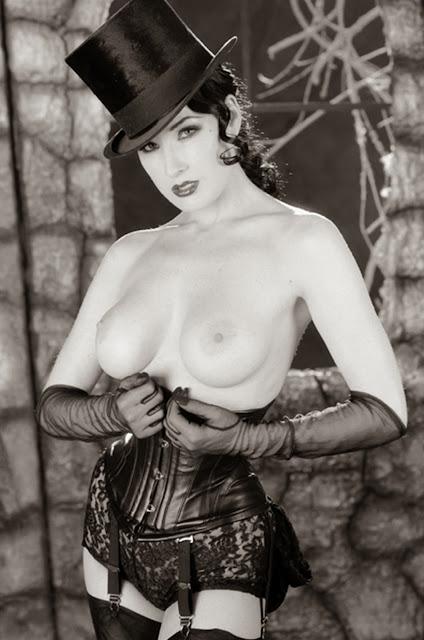 fotos-mujer-en-blanco-y-negro