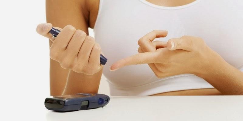 Solusi Mengatasi Diabetes dengan Mengkudu