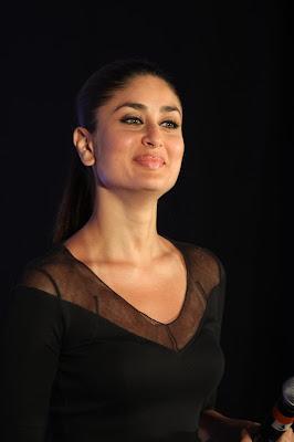 kareena kapoor at the launch of new sony vaio laptops. latest photos