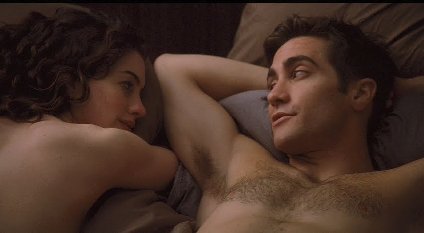Anne Hathaway And Jake Gyllenhaal As Maggie And Jamie In Love And Other Drugs 2010