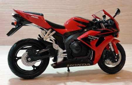 Mainan Honda CBR1000RR