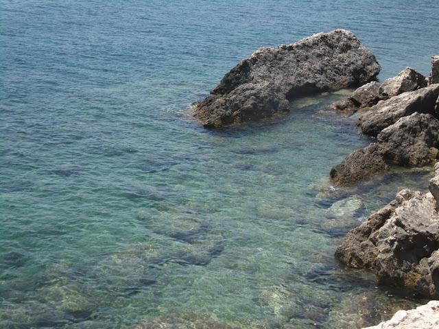 türkisfarbenes Meer bei Samos