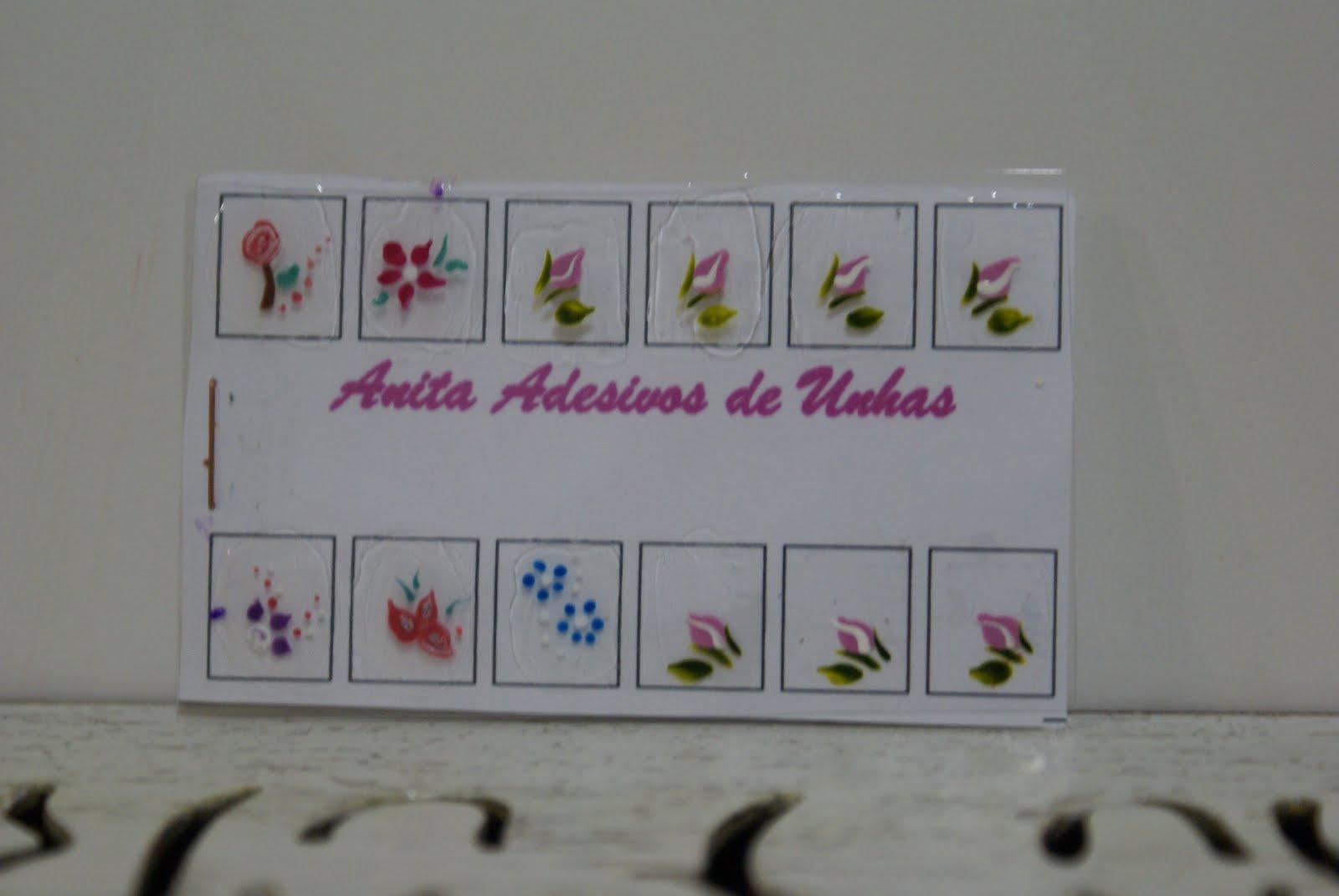 Florzinhas De Unha Na Caixa De Leite