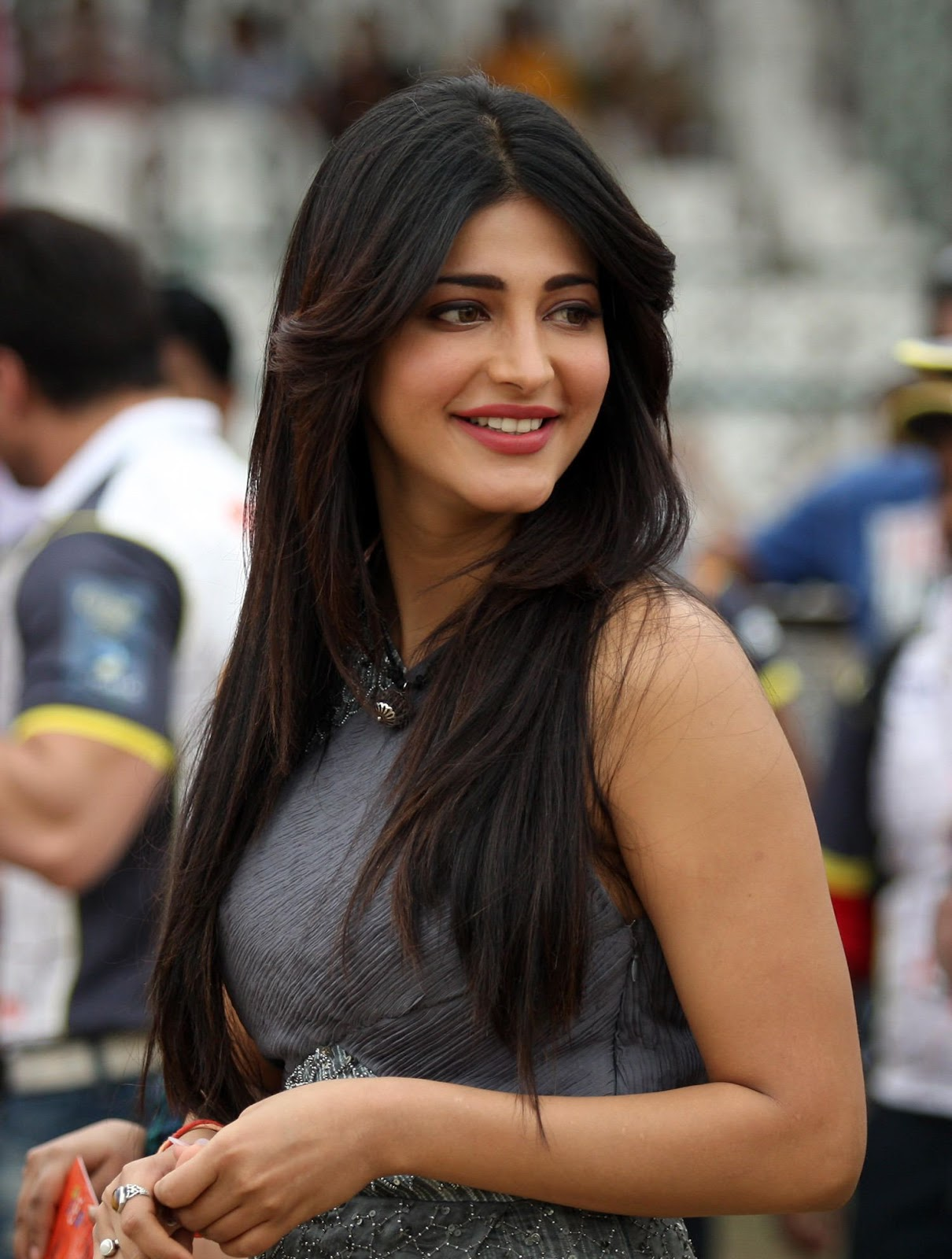 Celebrity Photos Shruti Haasan HD Images