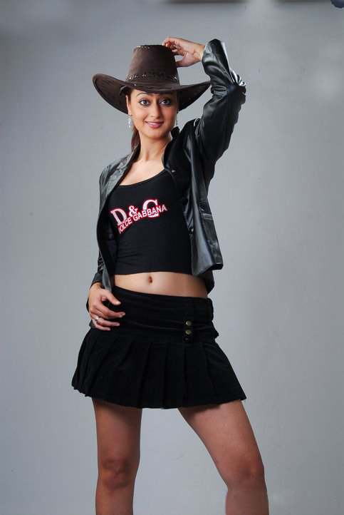 Best Photoshoot Of South Hottie Kaveri Jha