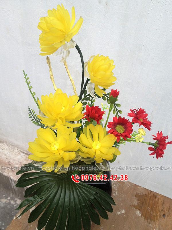 Hoa cúc vàng pha lê