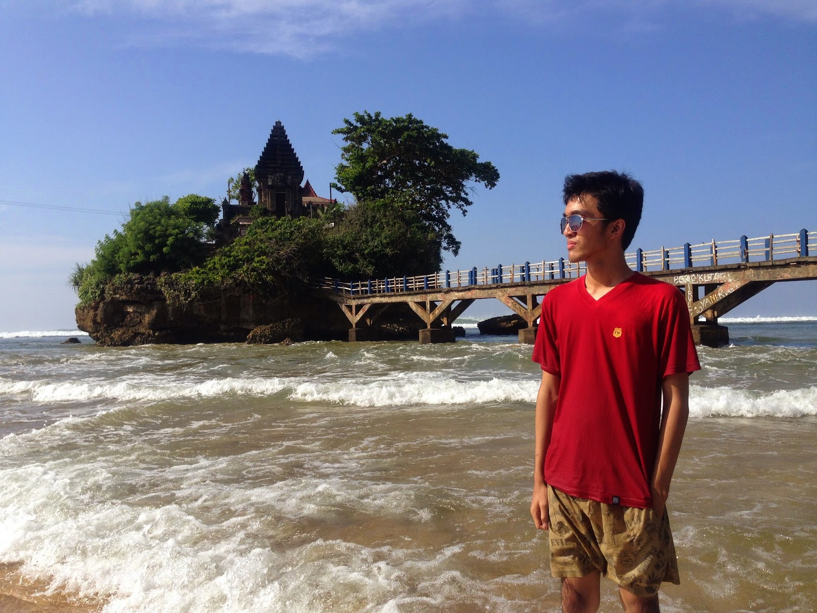 Tito Lagi Trip To Pantai Balekambang Tanah Lot Jawa Timur