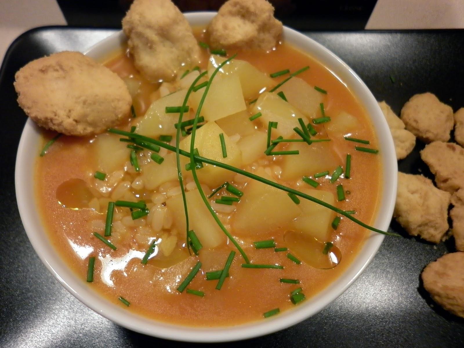minestra di patate con erba cipollina