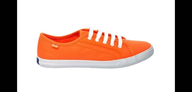 Tênis da marca Keds na cor laranja (Foto: Reprodução)