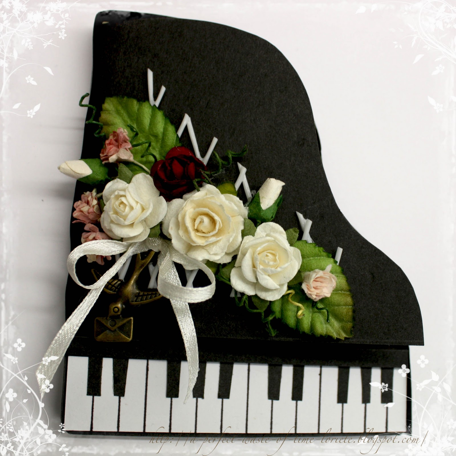 Открытки с роялем